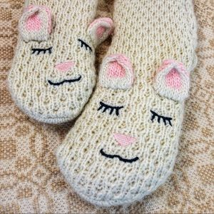 Sleepy Sheep Slipper Socks NWOT